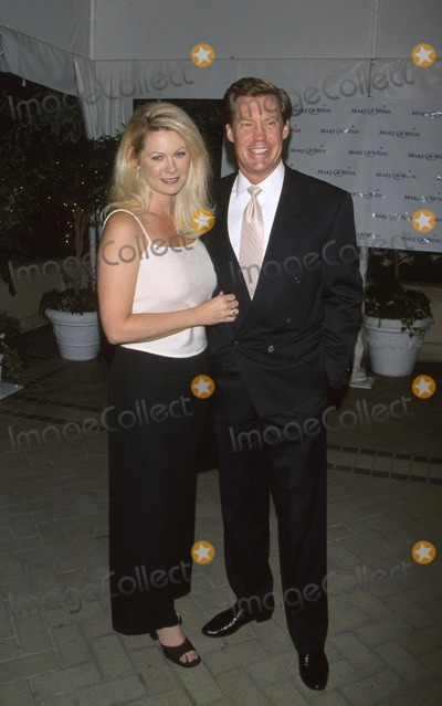Kent Shocknek Photo -  Wish Night 2001 Gala Event Four Season Hotel Beverly Hills CA 10112001 Kent Shocknek and Wife Karen Photo by Milan RybaGlobe Photosinc