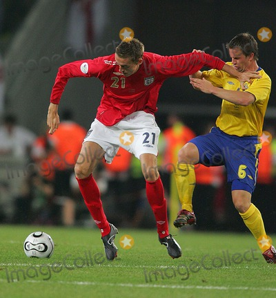 Tobias Linderoth Photo - Peter Crouch  Tobias Linderoth  Sweden V England 06-20-2006 Peter Crouch  Tobias Linderoth Sweden V England 06-20-2006 World Cup Soccer K48375 Photo by Allstar-Globe Photos