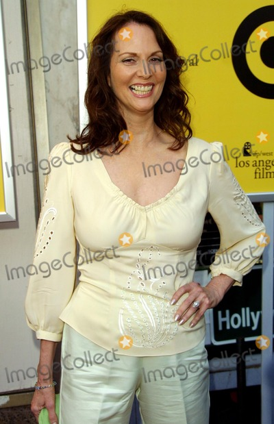 Leslie Ann Warren Photo - Leslie Ann Warren the Good Girl - Premiere Los Angeles Film Festival Closing Night Gala Pacific Thetatre Hollywood CA June 29 2002 Photo by Nina PrommerGlobe Photos Inc2002