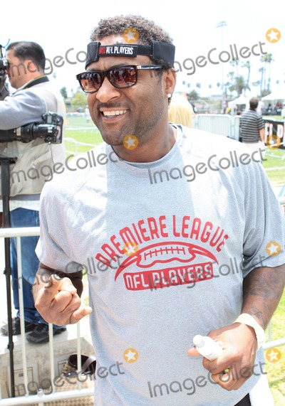 Andre Rison Photo - Andre Rison Nfl Players Premiere League Flag Football Tournament Held at Santa Monica High School Santa Monicacalifornia 05-23-2010 Photo Credit Tleopold-Globephotos Inc 2010