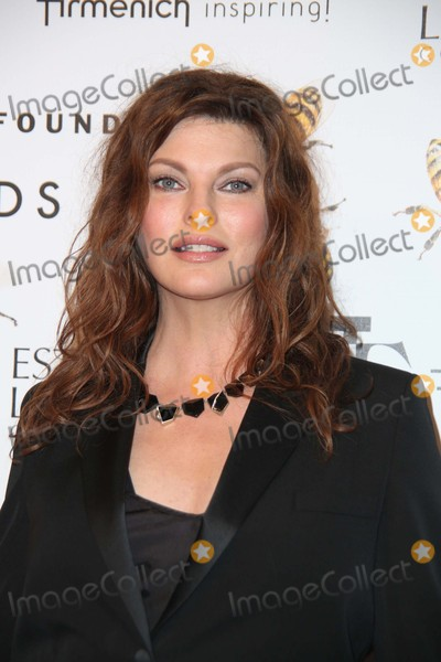 Linda Evangelista Photo - Linda Evangelista attends the 2015 Fragrance Foundation Awards Alice Tully Hall Lincoln Center NYC June 17 2015 Photos by Sonia Moskowitz Globe Photos Inc