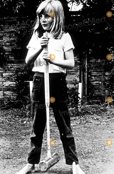 Lady Diana Photo - Summer Holiday 1970 at Itchenor in West Sussex Princess Diana ( Lady Diana Spencer ) Photo ByGlobe Photos Inc