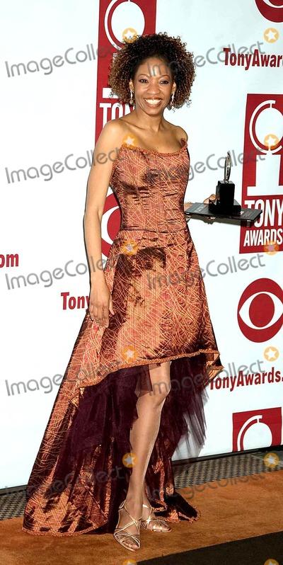 Adriane Lenox Photo - the 2005 Tony Awards (Press Room)at Radio City Music Hall  New York City 6-05-2005 Photo Bysonia Moskowitz-Globe Photos Inc 2005 Adriane Lenox