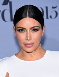 Photo - Photo by KGC-11starmaxinccomSTAR MAX2015ALL RIGHTS RESERVEDTelephoneFax (212) 995-1196102615Kim Kardashian at the 2015 InStyle Awards(Los Angeles CA)