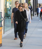 Photo - Photo by SMXRFstarmaxinccomSTAR MAX2018ALL RIGHTS RESERVEDTelephoneFax (212) 995-119632318Lisa Rinna goes shopping in Beverly Hills CA
