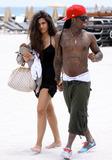 Lil Wayne,Lil' Wayne,Tank Photo - Lil Wayne Girlfriend Beach