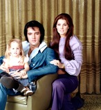 Photo - Elvis Presley_priscilla Presley and Lisa Marie Presley Photo by Frank Carroll  Globe Photosinc